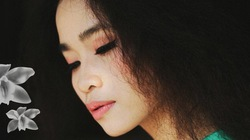 """Đồng Lan với single """"Và Mẹ tôi và Tự hát"""""""