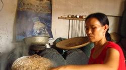 Trăm năm sống với nghề làm bánh đa