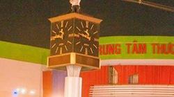 Nam sinh trèo lên tháp đồng hồ giữa giao lộ tự tử