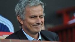 """Mourinho gửi """"tối hậu thư"""" cho Rooney"""