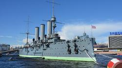 Thăm chiến hạm Rạng Đông và bồi hồi dấu ấn Việt Nam