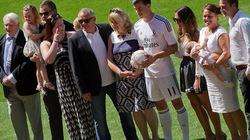 """Real hạ M.U vụ Gareth Bale nhờ... """"lót tay"""" trên trời"""
