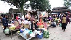 Ngẩn ngơ chợ làng