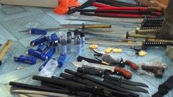 Phú Yên: Bắt giữ một ôtô chở đầy vũ khí