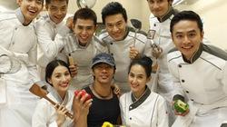 Lam Trường làm... bếp trưởng