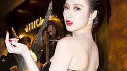 Sau cấm diễn, Angela Phương Trinh đầy thách thức với váy xuyên thấu