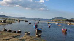 Hồn hậu vịnh Xuân Đài