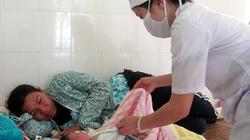 Hơn 500 xã chưa có hộ sinh