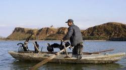 Một người Triều Tiên mạo hiểm vượt biển đào tẩu sang Hàn Quốc