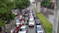 Hà Nội: Mưa lớn, ùn tắc hàng chục kilômét