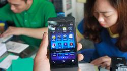 Mua bao nhiêu BlackBerry Z10 cũng có nhưng là... hàng dựng