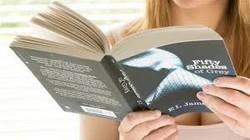 """Sách khiêu dâm """"50 sắc thái"""" thuộc top """"mua nhiều, đọc ít"""""""