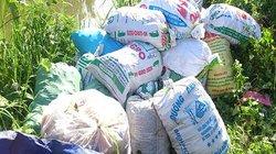 Hà Nội: Phát hiện 54 bao tải thực phẩm chức năng vứt ngoài cánh đồng