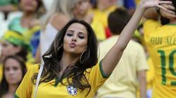 Ngây ngất vì gái xinh trên khán đài World Cup (21)