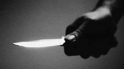 Bị đòi nợ trước mặt bạn gái, đâm 2 người thương vong