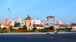 TP.HCM: Di dời cụm tượng đài trước chợ Bến Thành