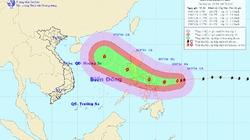 Bão giật cấp 13-14 hướng vào biển Đông