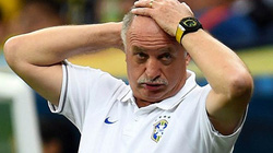 Scolari chính thức khăn gói rời ĐT Brazil
