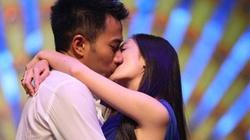 """Chuyện Dương Mịch - Lưu Khải Uy """"ân ái"""" ở nhà vệ sinh bị đạo diễn """"tố cáo"""""""
