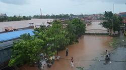 Quảng Ninh: Nước sông Ka Long dâng tràn lên bến cảng