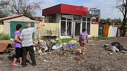 """Nhân chứng thảm họa MH17: Thi thể các nạn nhân """"rơi như mưa"""" xuống mái nhà"""