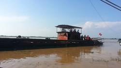 Thoát nạn vụ chìm thuyền, nam thanh niên hoảng loạn đòi ra sông cứu bạn