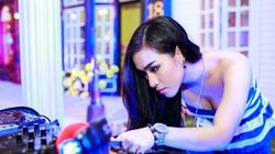 Hé lộ cuộc sống của nữ DJ quyến rũ Hà thành sau... 1h sáng