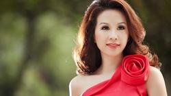 Thu Hoài được mời dự thi Hoa hậu Quý bà Hoàn vũ
