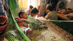Chùa Bồ Đề nhận nuôi, quản lý trẻ: Chính quyền và chùa đều dễ dãi!