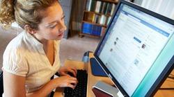 """Cộng đồng mạng phản ứng với """"chiêu trò"""" của Facebook"""