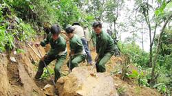 Bắc Giang: Bộ đội giúp dân làm mới hơn 42km đường