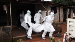 """Nỗi đau những gia đình bị xóa sổ vì """"sát thủ"""" Ebola"""