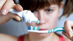 Thực hư việc kem đánh răng Colagate hủy hoại sức khỏe
