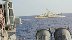 Luyện binh trên tàu tên lửa HQ 377