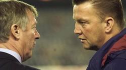 """Van Gaal chẳng thua kém Sir Alex"""