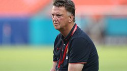 """Van Gaal """"gây sốc"""" với tuyên bố làm nản lòng CĐV M.U"""