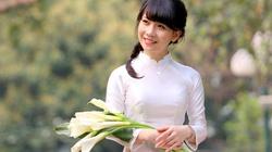 """Nụ cười """"tỏa nắng"""" và vẻ duyên dáng của Á khôi Ngoại Giao 2014"""