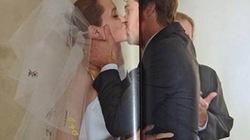 6 đứa con hớn hở chứng kiến màn hôn nhau đắm đuối của Brad và Angelina