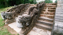 Triều đại có nhiều vua bị chết nhất trong lịch sử phong kiến Việt Nam
