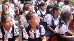 Cần Thơ: Trường đổi đồng phục liên tục, phụ huynh bức xúc