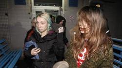 Chiến sự khiến nhiều thiếu nữ Ukraine xách ba lô lên và đi làm... gái