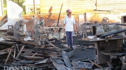 Cảnh tan hoang sau vụ cháy hơn 3 giờ ở nội thành Tuy Hòa