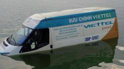 """Gặp """"tổ tiên"""" xe Ford Transit của Viettel vừa """"bơi"""" ở Hồ Tây"""
