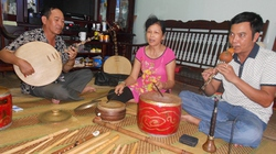 Tình yêu hát văn của một gia đình quê lúa