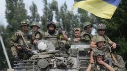 """Ukraine """"miệng nam mô, bụng một bồ vũ khí""""?"""