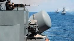 """Nga phóng tên lửa """"ép"""" tàu ngầm địch nổi lên mặt nước"""