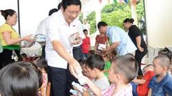 Chung tay vì tầm vóc Việt: Những ly sữa học đường TH true MILK đến với học sinh nghèo Nghệ An
