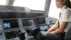 """VNA chi hàng trăm tỉ đồng đào tạo phi công lái """"siêu máy bay"""""""