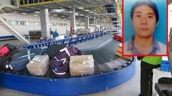 """Thủ đoạn """"chôm"""" đồ tại sân bay Nội Bài của nhân viên giám sát"""