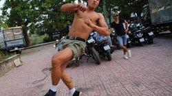 """Bật mí về chàng hot boy cơ bắp trong """"Kung Fu Phở"""""""